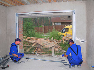 Professional Diagnosis | Garage Door Repair Herriman, UT